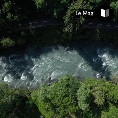 To stay cool, you have to get out on the Isère river!