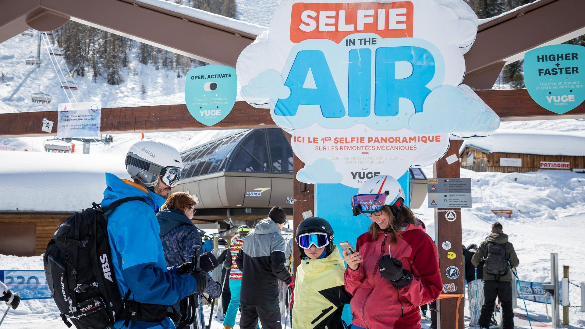 Selfie in the air télésiège La Plagne